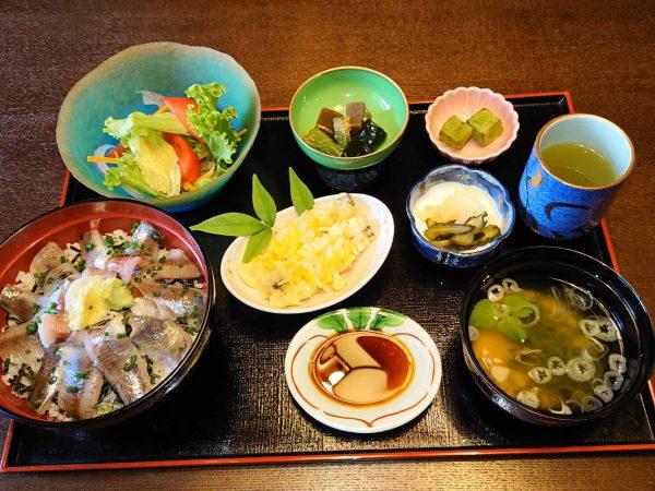 イワシ丼ランチ価格変更のお知らせ